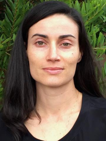 Headshot of Lauren Ross, Eyes High Postdoctoral Fellow at the University of Calgary